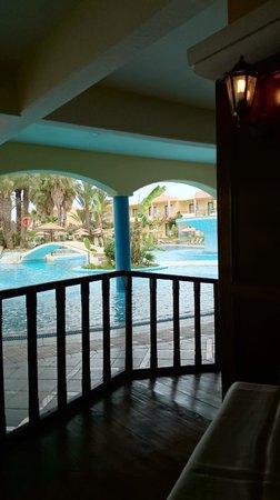 Atrium Palace Thalasso Spa Resort & Villas: Poolbar