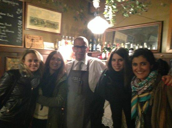 Cafe Comptoir Abel: Notre nouvel ami, Olivier