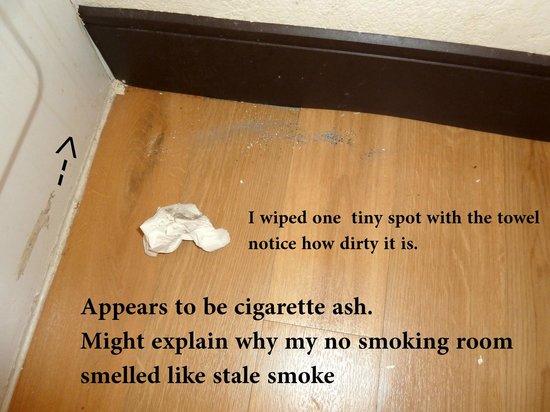 Red Roof Inn Hampton: Non Smoking ?