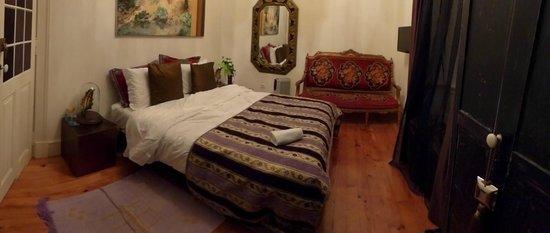 Whatever Art Bed & Breakfast : Room 6