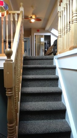 Stone Maiden Inn : 2nd set of stairs leading to the Penthouse - The Secret Garden