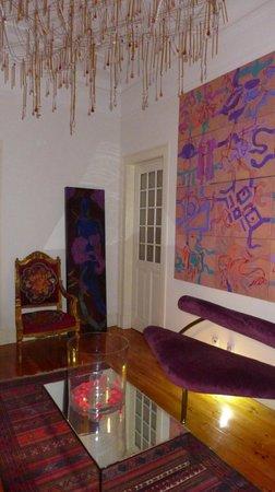 Whatever Art Bed & Breakfast : Welcoming room/foyer