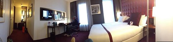 Crowne Plaza Amsterdam South : Bigger than we expected!