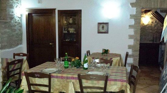 Agriturismo IL Rifugio Dei Vescovi : Sala ristorante