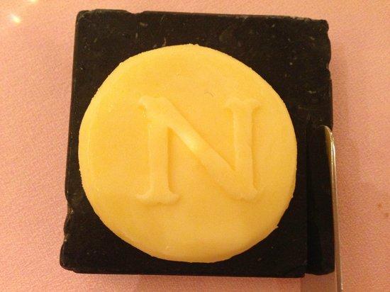 Hotel Negresco : Так подавали масло в ресторане