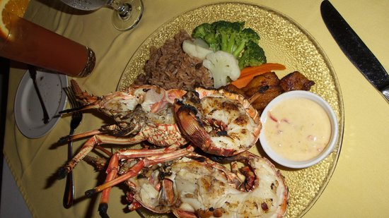 Anacaona Boutique Hotel : Lobster dinner at Firefly