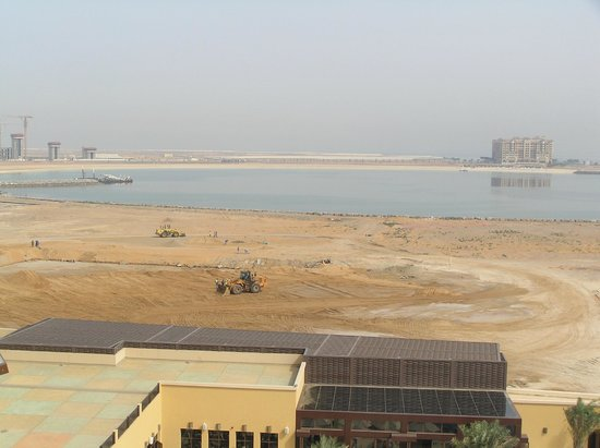 DoubleTree by Hilton Resort & Spa Marjan Island: Construction site to the left of the hotel