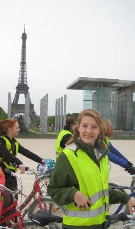 Fat Tire Tours Paris: Lovely reflection vests!