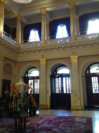 The Grosvenor Hotel: Lobby