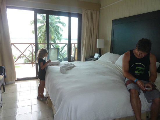 Playa Tortuga Hotel & Beach Resort : cuarto
