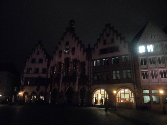 Frankfurter Romer: Il Roemer di notte