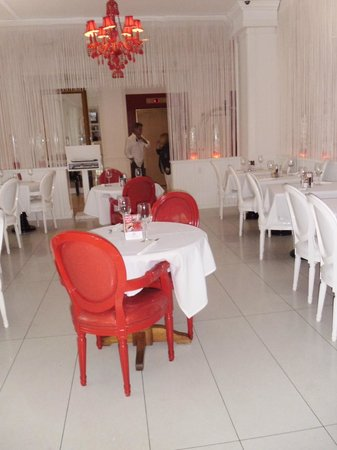 Red South Beach Hotel: comedor del hotel