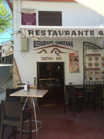Restaurante quintana: Lugar
