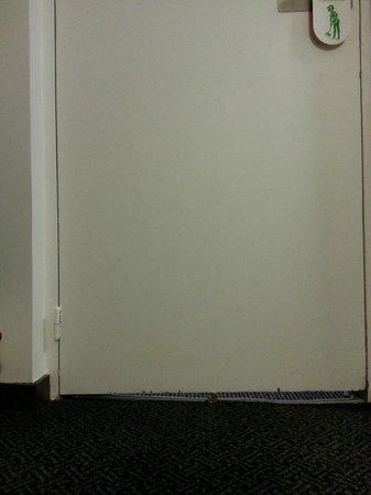 Hotel George - Astotel: la nostra porta della camera