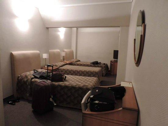Tritone Hotel: Quarto triplo