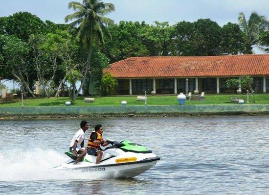 Son Tours Sri Lanka: fun