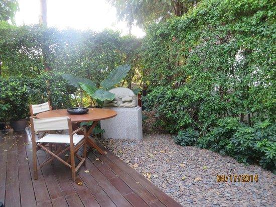 Grand Hyatt Erawan Bangkok: A view of our garden