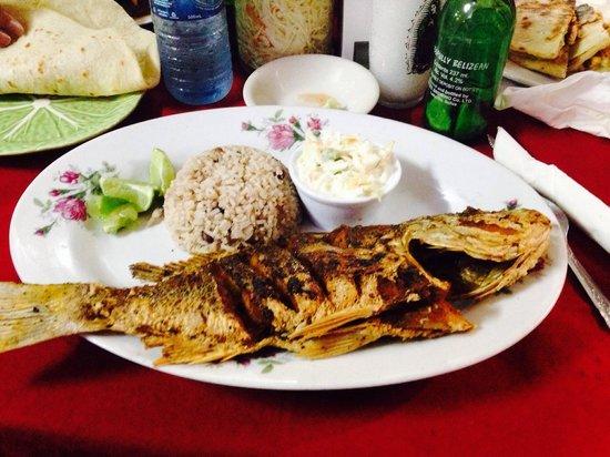 Pupuseria Salvadoreno: Fresh fish