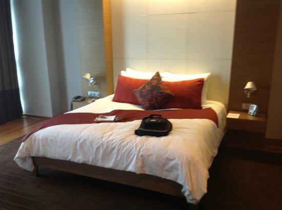 Pullman Bangkok King Power: choose the perfect pillow from the menu