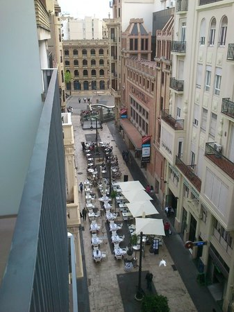 Hotel Sorolla Centro: View to Bullring&Metro