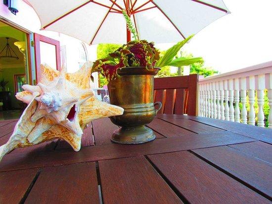 The Villas at Sunset Lane : Table decor at the Villas