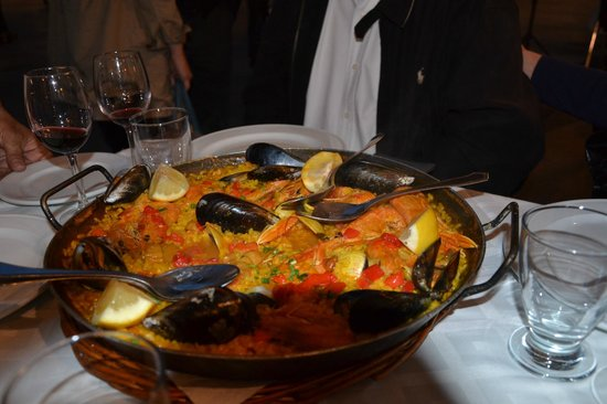 Restaurante Ambos Mundos : Paella 4 personnes fruits de mer