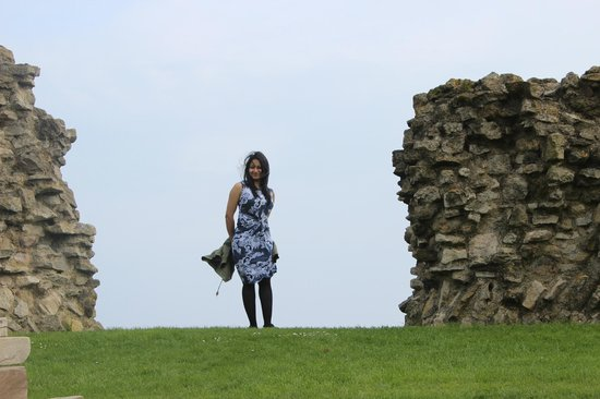 Scarborough Castle: very windy up there