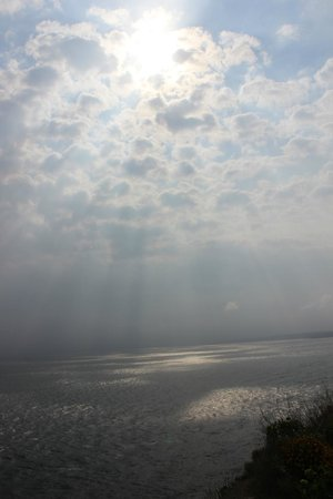 Scarborough Castle: sun and clouds play with the sea