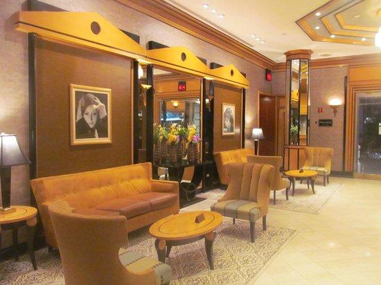Hotel Metro: Reception