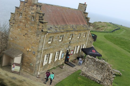 Scarborough Castle: cafe for hot drinks and snacks