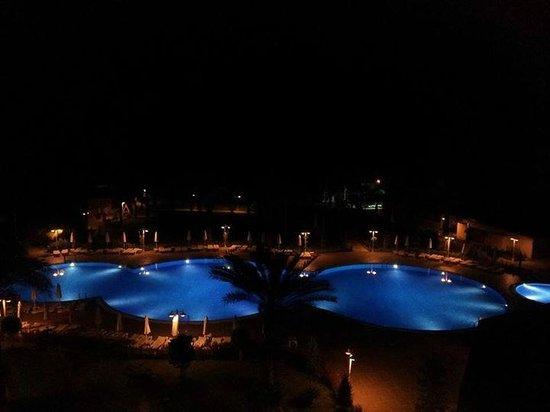 Annabella Diamond Spa & Hotel: pool at night