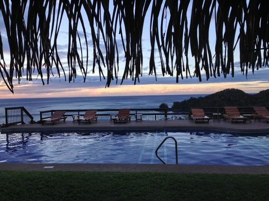 Hotel Punta Islita, Autograph Collection: Pool view