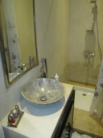 Riad Nesma : Baño precioso