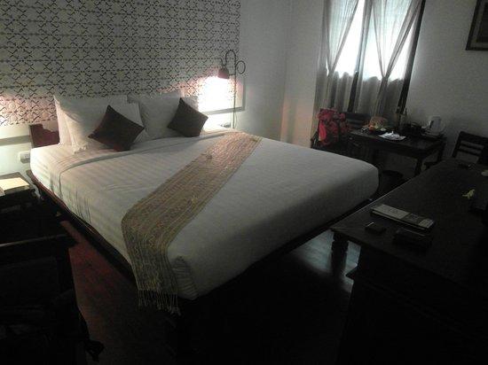 Victoria Xiengthong Palace: Schlafzimmer mit modernster Klimaanlage