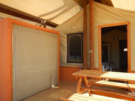 Desert Camp: tent outside