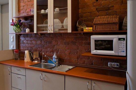 Octaviana Hotel: Кафе