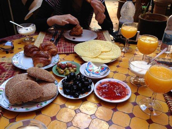 Riad Sidi Omar: Breakfast