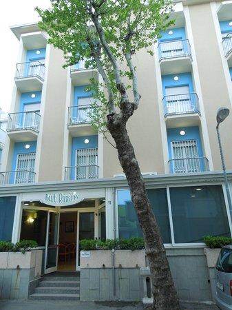 Hotel Blue Ribbon: esterno