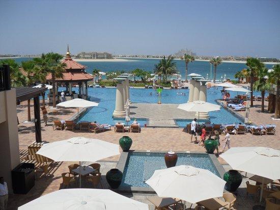 Anantara The Palm Dubai Resort View To Atlantis
