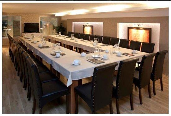 Envoy Otel: Toplantı Odamız