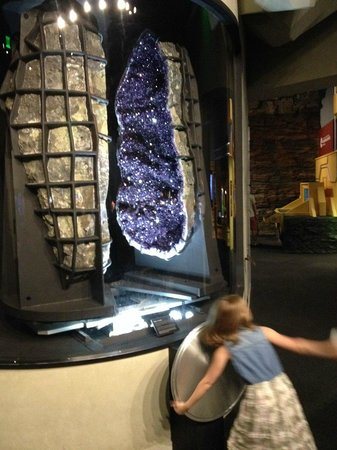 Perot Museum of Nature and Science: Large Amethyst
