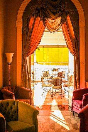 Grand Hotel Tremezzo: The Bar and Terrace