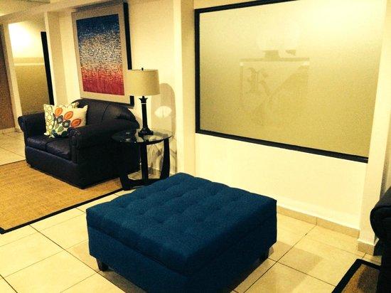 Hotel Residencial Cervantes: Sala de estar