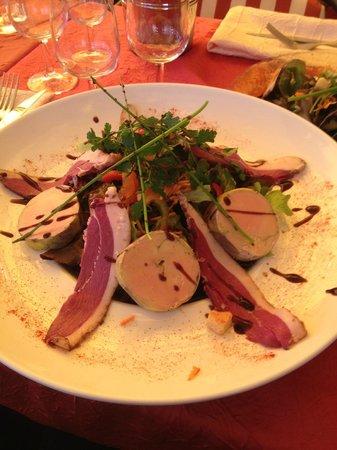 Le cochon a l'oreille : assiette gourmande foie gras/magrets fumés