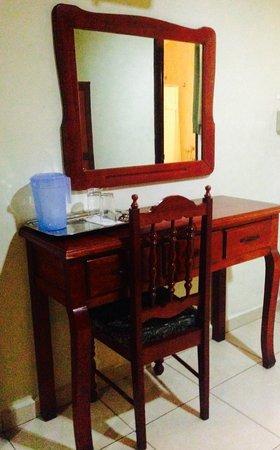 Hotel Residencial Cervantes: Amenidades de habitación