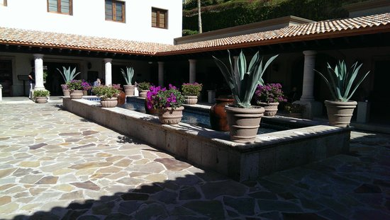 Pueblo Bonito Sunset Beach: courtyard