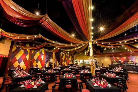 Famous People Players Dinner Theatre: Moulin Rouge Dining Room