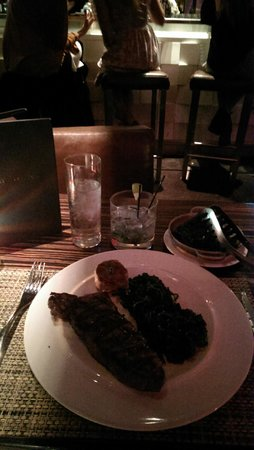 Boa Steakhouse: Perfect steak! Petite is still around 10oz - very good size!