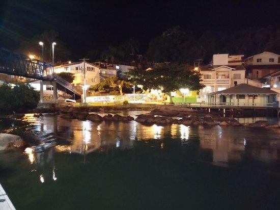 Barra da Lagoa Beach: Salida al mar