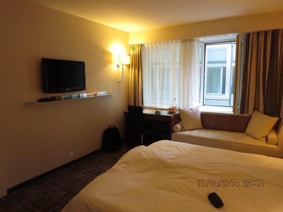 Hotel Astoria: room other side